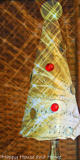 crafts using sheet music, sheet music decorations, sheet music