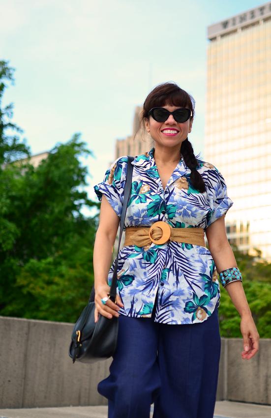 Hawaiian shirt street style