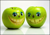 #9 Funny Fruits Wallpaper