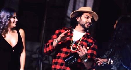 Million Dollar Hips Lyrics - Sab Bhanot (2015)