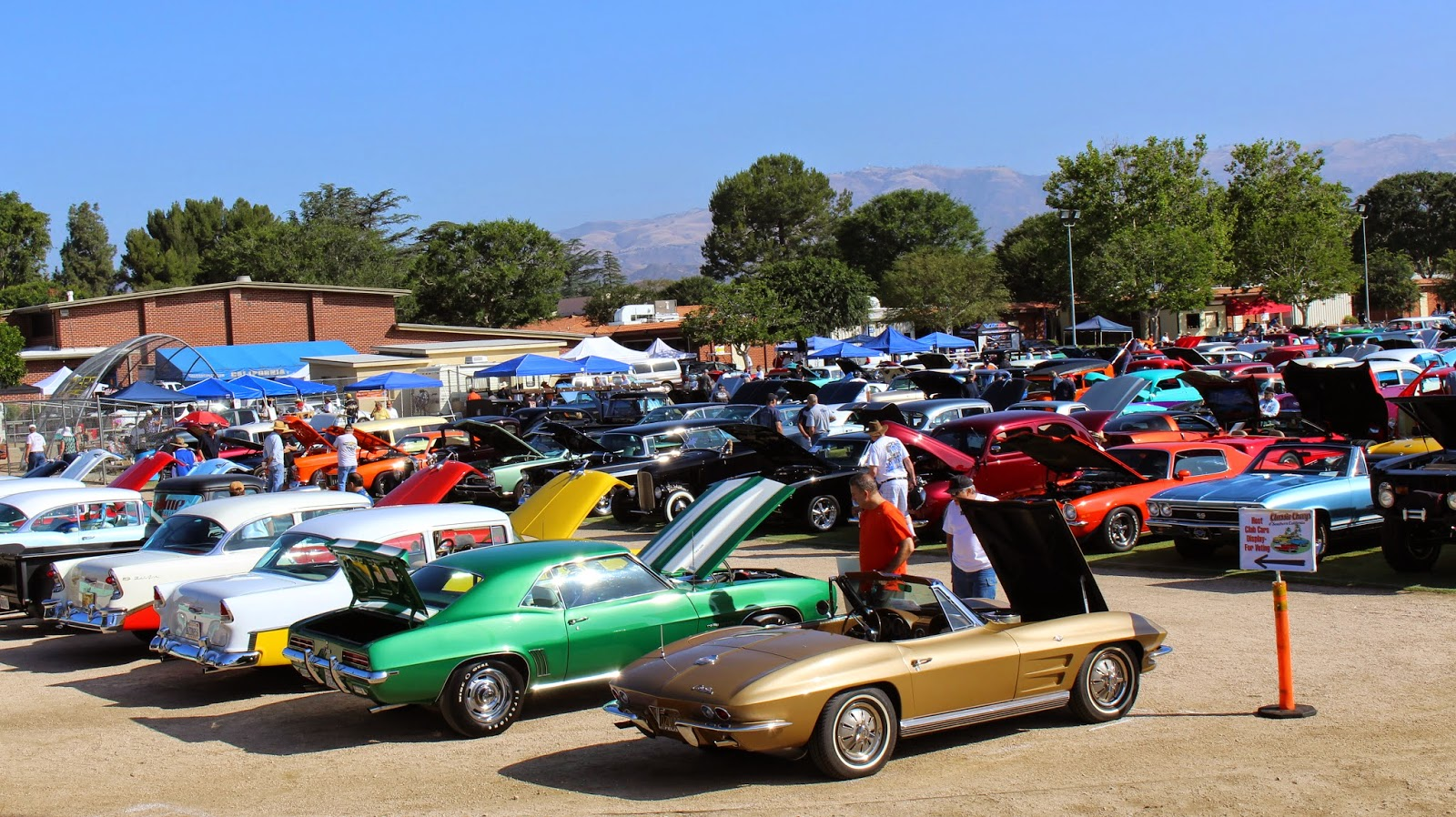 Covering Classic Cars Rd Annual Classic Chevys Of Southern - San antonio car show parking