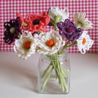 Crochet Knitting Tutorial : Crochet & Knitting Adventures: Crochet Flower Tutorial