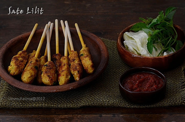 sate lilit ayam