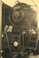 Čelní pohled na lokomotivu Šlechtična řady 475