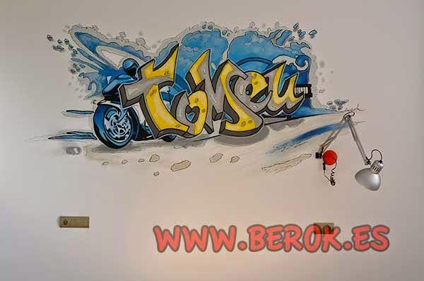 Graffiti en habitación de motos