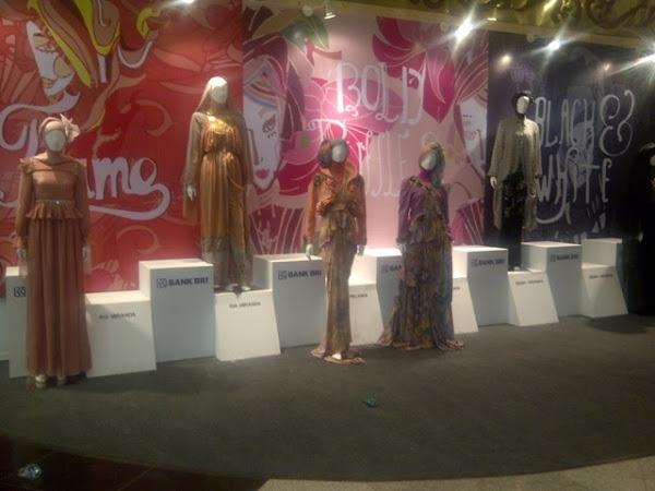 JIFW 2013 : Menuju Indonesia Sebagai Kiblat Mode Islamic Dunia