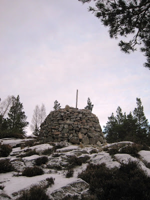 Deeside, cairn at the top of Craigendarroch
