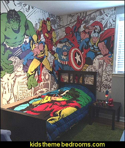 Decorating theme bedrooms maries manor superheroes for Character mural