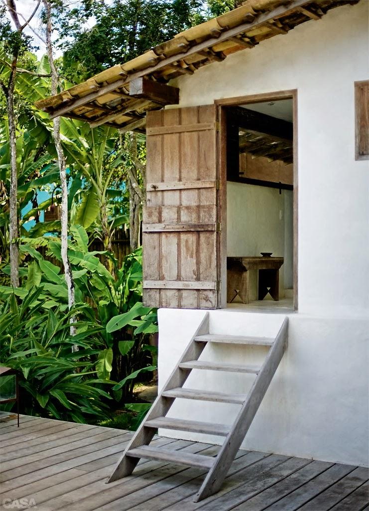 http://casa.abril.com.br/materia/ape-de-90-m2-tem-modulo-de-marcenaria-que-unifica-sala-e-cozinha