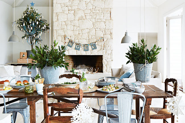 Coastal style an australian beach christmas for Australian decoration ideas