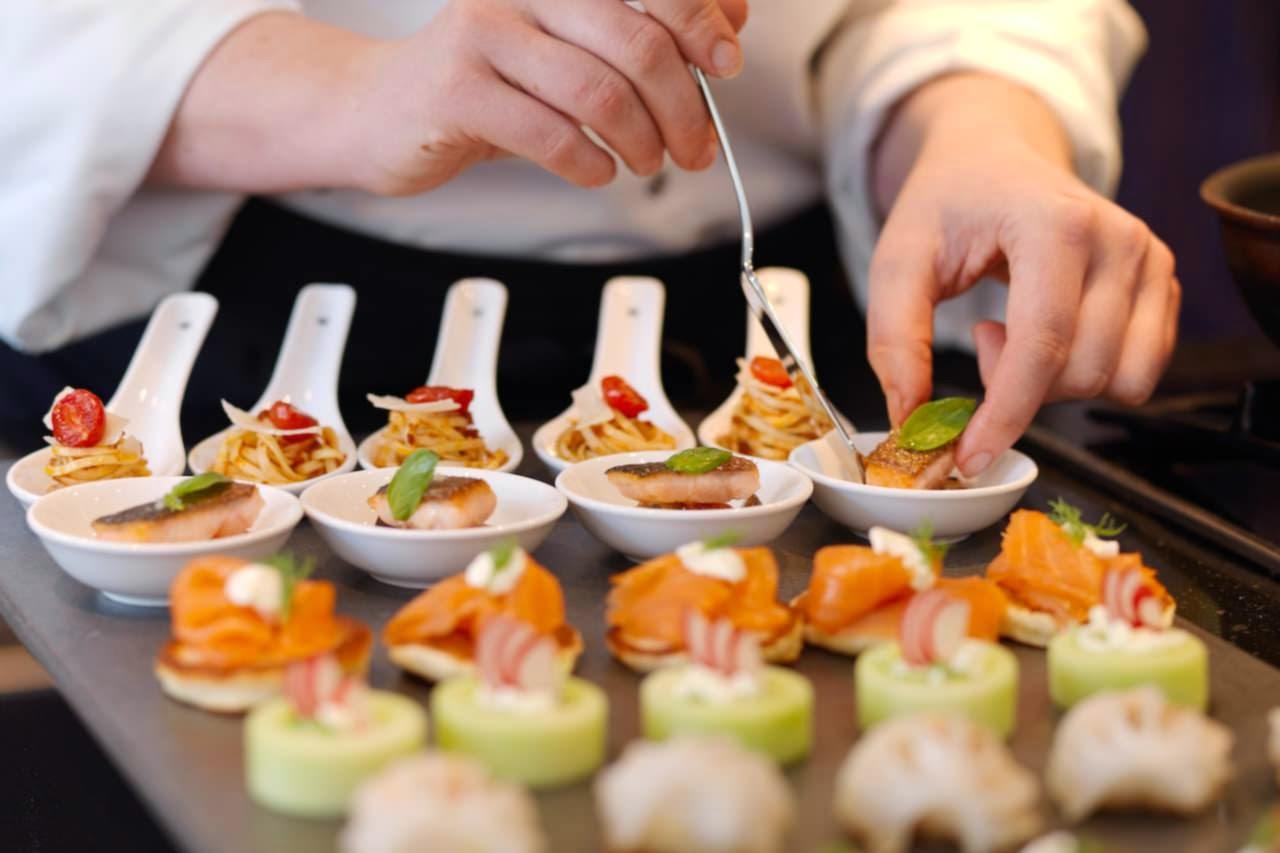 Yvents articulo los servicios de catering y banquetes for Canape caterers
