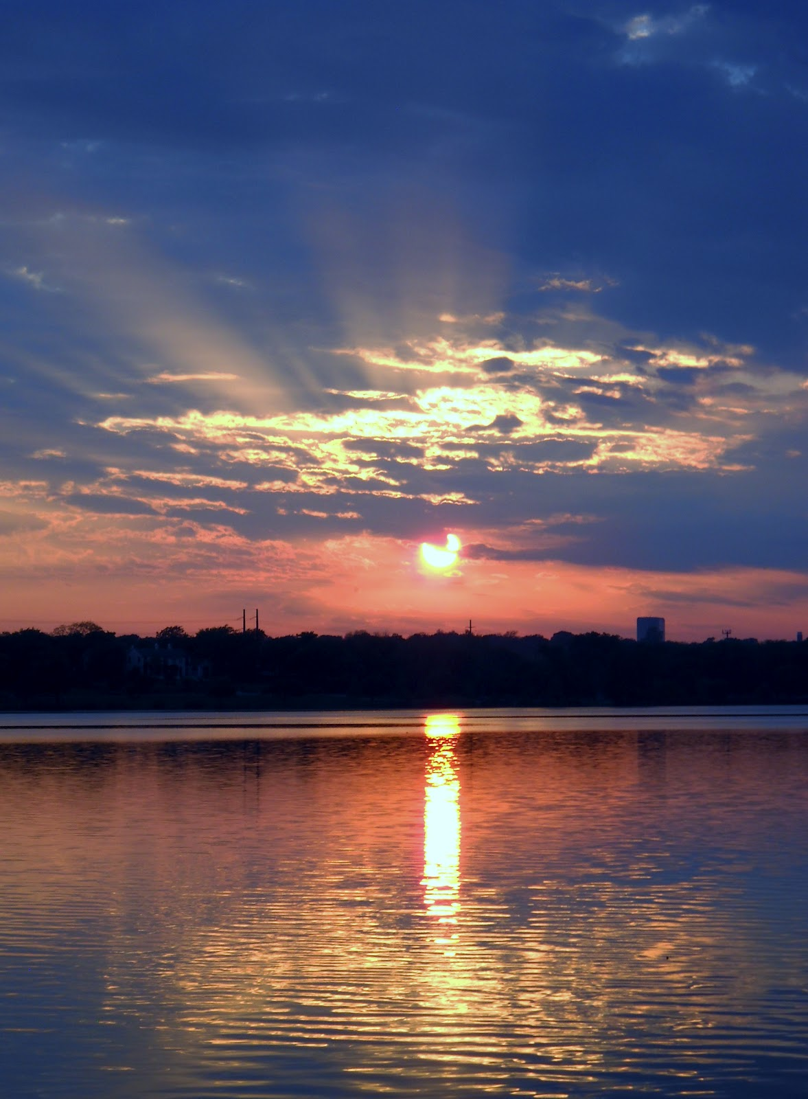 White Rock Lake, Dallas, Texas: Spectacular Sunsets at ...