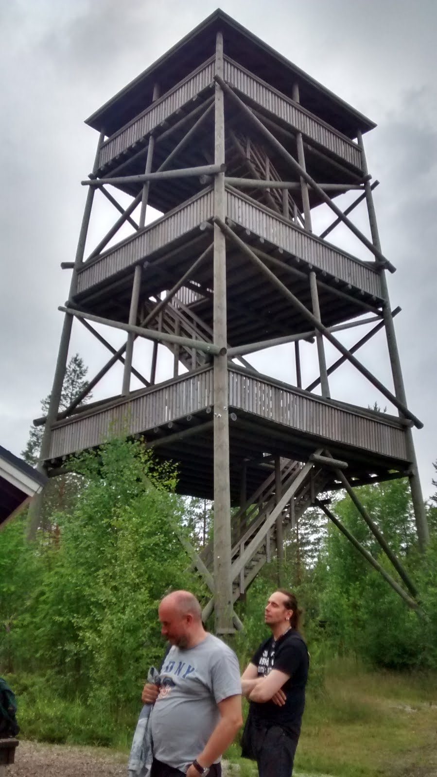 Lookout tower in the forest near the Tulilahti campsite.