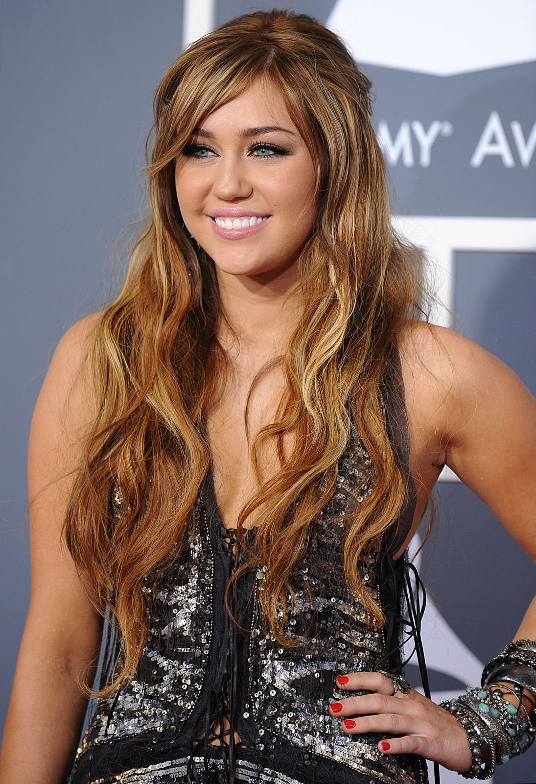 Miley Cyrus Profile & Images 2011 | Celebrities Gossips