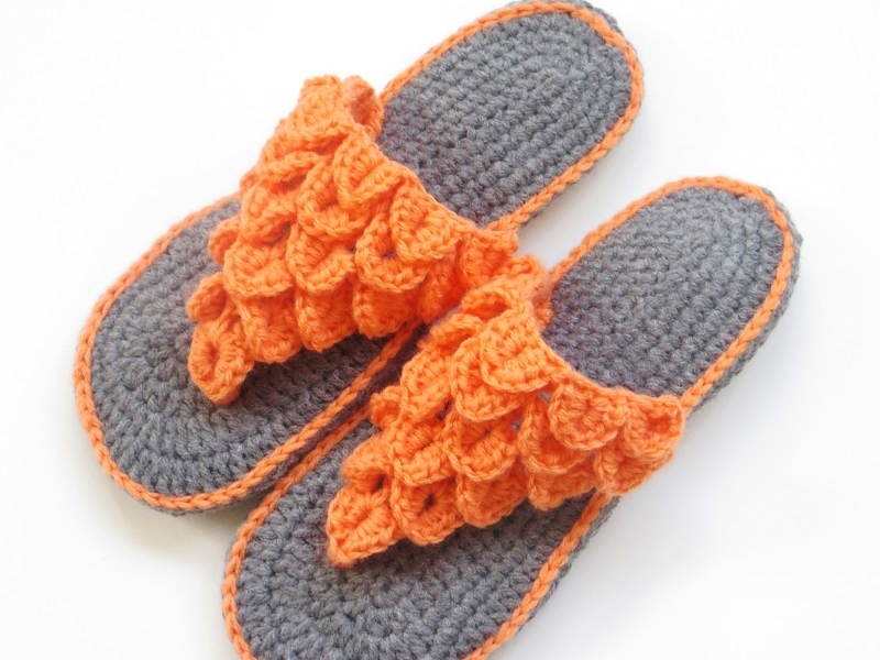 Crochet Dreamz: Womans Crocodile Stitch Slippers Crochet Pattern, 4 ...