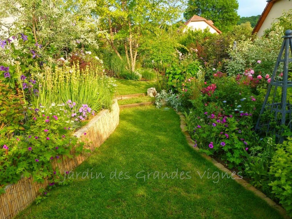 Le jardin des grandes vignes rendez vous aux jardins 2014 for Rendez vous des jardins