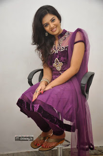 Actress-Sri-Mukhi-Stills-at-Prema-Ishq-Kadhal-Press-Meet