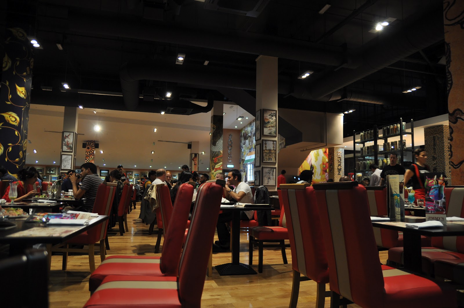 Jimmys World Grill O2 Buffet Review Seating