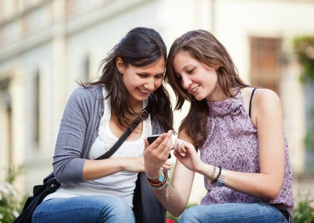 las redes sociale snos comprometen porque nos obligan a ser coherentes con lo que manifestamos
