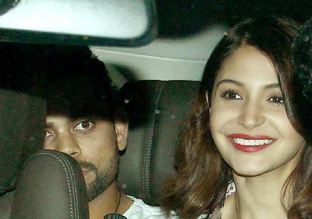virat kohli with girlfriend anushka sharma photo