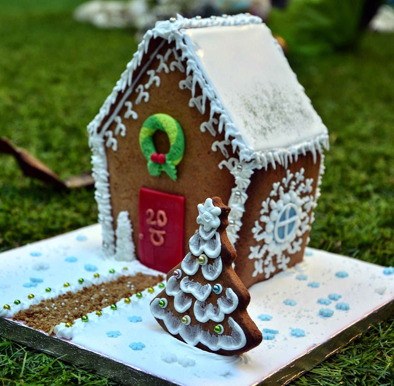 A punt de neu casa de jengibre navide a for Casa jengibre