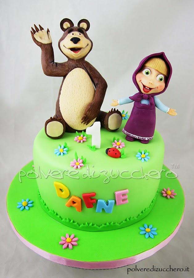 torta in pasta di zucchero del cartone animato  masha e orso