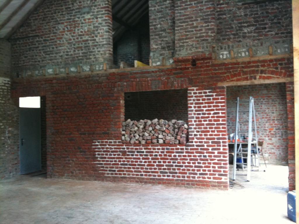 Nettoyer mur exterieur noirci nettoyer mur exterieur - Comment nettoyer un mur en pierre interieur ...