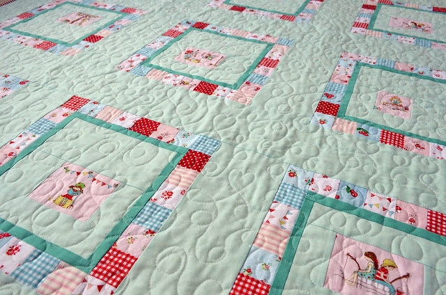 close up of loopy quilting by tessa marie handmade