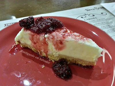 Terra Brasil na Salvador Restaurant Week 2015: Cheesecake de Coco com Calda de Frutas Vermelhas