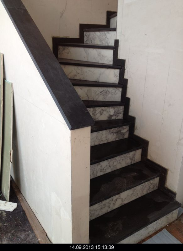 bautagebuch von marcus uta die treppe ist fertig. Black Bedroom Furniture Sets. Home Design Ideas