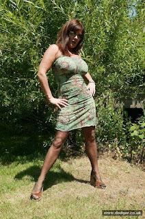 Twerking blondes - sexygirl-Dodger_Nylons_Outside_DD0S0332-790025.jpg