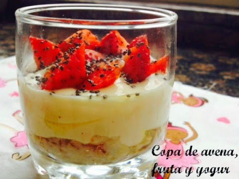 Copa de Avena, Fruta y Yogur