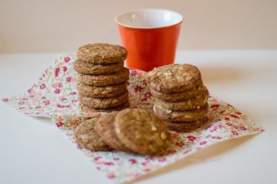biscotti di farro e avena allo zenzero