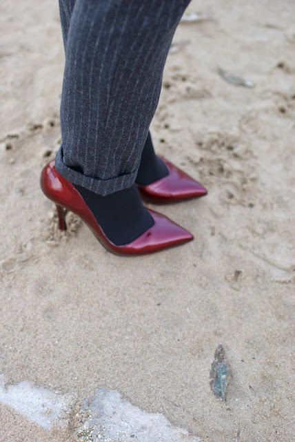pinstripe pants, red pumps, Gaia d'Este pumps, Fashion and Cookies, fashion blogger