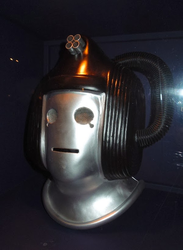 Doctor Who 1975 Cyberleader head Revenge of the Cybermen