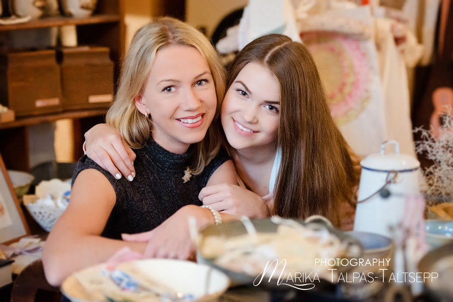 ema ja tütar fotosessioonil