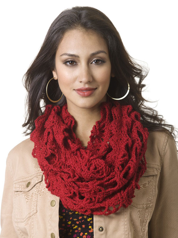Free Crochet Pattern Lacy Infinity Scarf : Miss Julias Patterns: Language Translations of Knit ...
