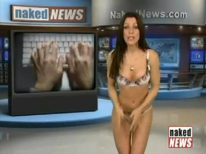 naked news reader