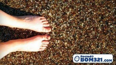 Pantai Batuan Kaca Yang Cantik Di California