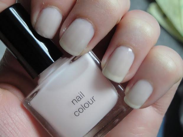 ivory coloured nail polish wedding