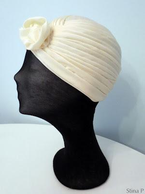 Turban StinaP siden crèmefärgad