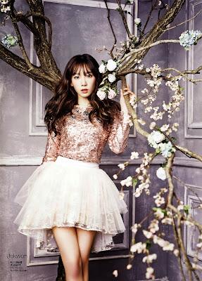 Taeyeon SNSD Girls' Generation - Ceci Magazine January Issue 2014