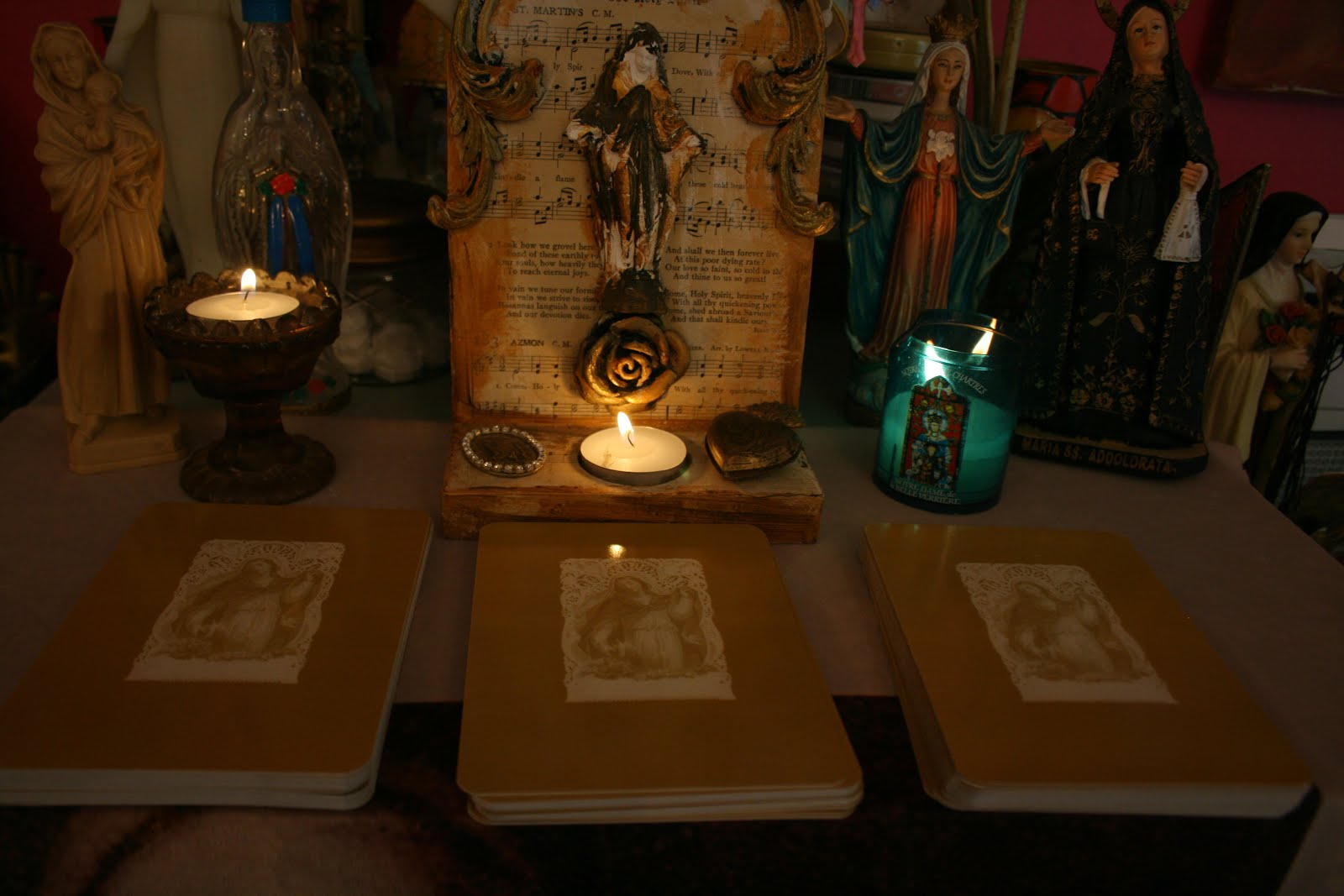 Click on the image to find various spreads and layouts for reading with The Mysteries of Mary Tarot