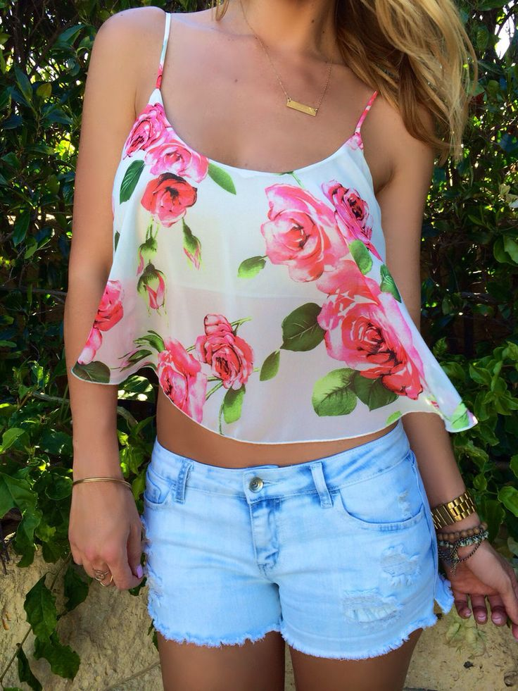 Top 5 Most Eligent And Beautiful Rose Printed Outfits