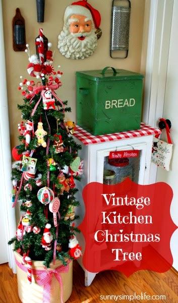 vintage bread box, vintage Santa