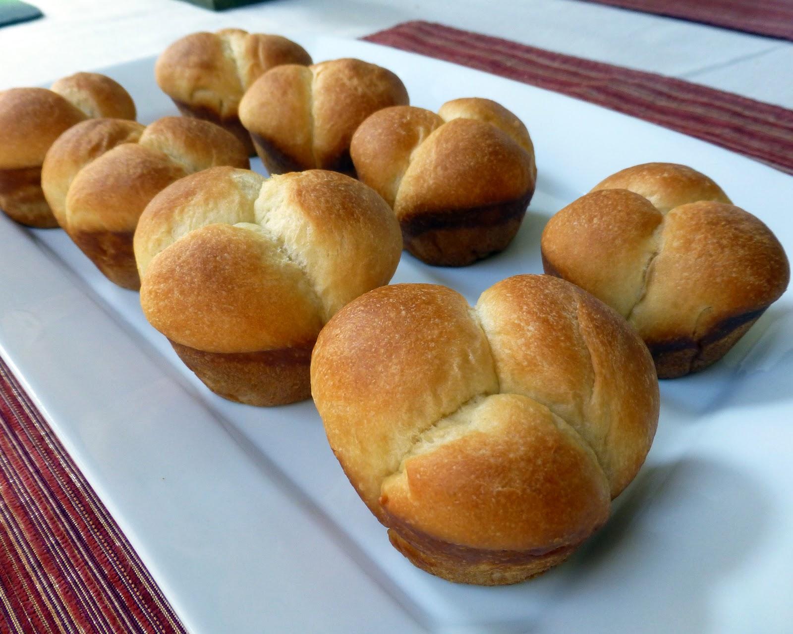 Adventures of Valley Writer: Sweet Clover Dinner Rolls for Easter
