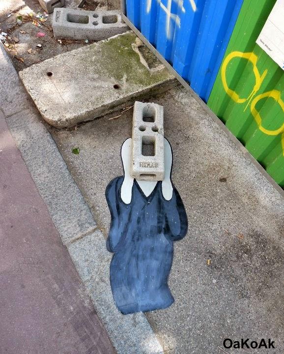 17-The-Scream-OakOak-Street-Art-Drawing-in-the-City-www-designstack-co
