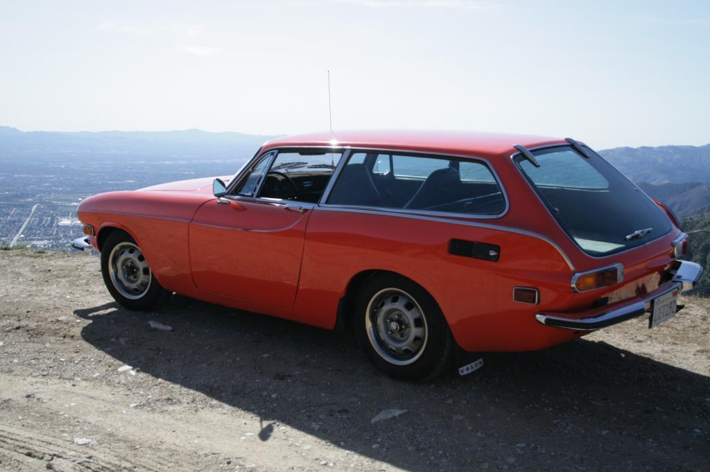 15k: Deja Volvo; 1973 Volvo 1800ES; Ex-DT Exclusive