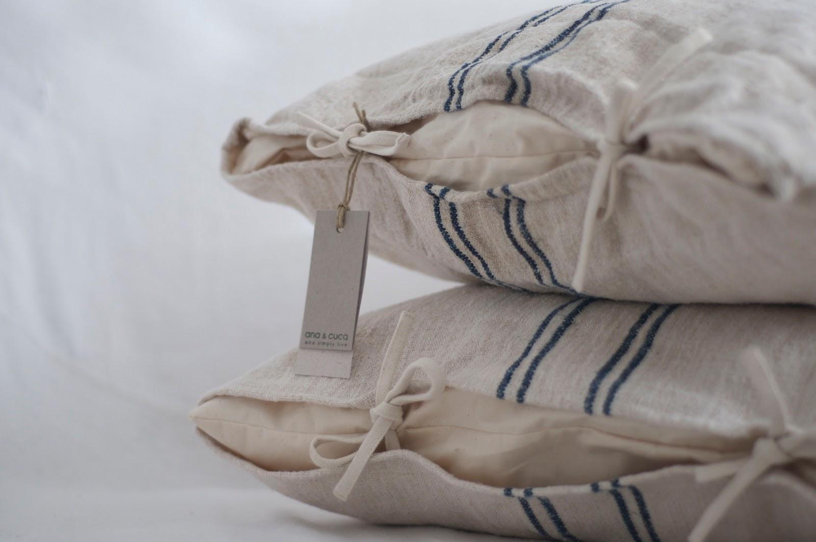 ana cuca: cojín en tela de saco