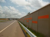highway design- sound barrier at kerawalapitiya